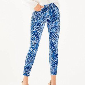 NWT-Lilly Pulitzer South Ocean Skinny Crop, Size 0